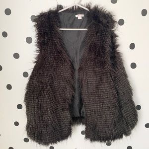 "🔥30%OFF🔥XHILARATION ""FUR"" BLACK/BROWN VEST XXL"